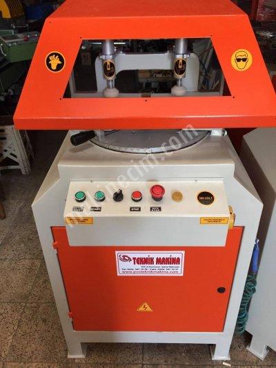 Satılık İkinci El Taha Bayrak Marka Döner Tabla Alüminyum Kesim Makinası Teknik Makinadan Fiyatları  ALÜMİNYUM KESİM MAKİNASI ALÜMİNYUM DOĞRAMA MAKİNALARI ALÜMİNYUM İŞLEME MAKİNALARI