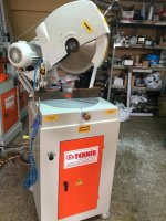 Alüminyum Üstten Kesim Makinası Teknik Makinadan Alüminyum İşleme Makinaları