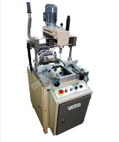 Satılık Sıfır Alüminyum Kopya Freze Makinası Fiyatları Bursa alüminyum kopya freze makinası,kopya freze,pvc kopya freze,üçlü kol yeri,su tahliye