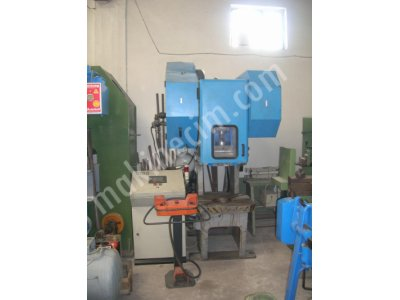 Satılık 2. El Eksantrik Pres 60 ton Mumak SAPC 60 P Hava Kavramalı PLC Kontrol Fiyatları Konya Eksantrik Press,Mumak Press,60 ton Eksantrik