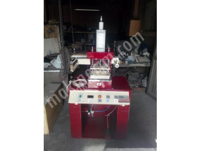 Hot Cliche Foil Gilding Printing Machine on Leather for Notebook and Notebook Books