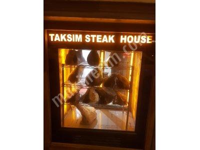 Satılık Sıfır CEPHE TİP ET DİNLENDİRME DOLABI / DRY AGED VİTRİNİ Fiyatları İstanbul dry age dolabı,kuru dinlendirme dolap fiyatları,dik steak dolabı,et yaşlandırma dolabı,dry aged dolapları fiyat,himalaya taşlı dry age vitrini