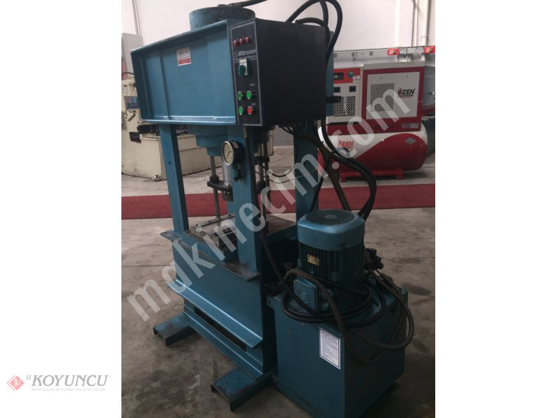 200 Ton Hurrsan Brand Hydraulic Press