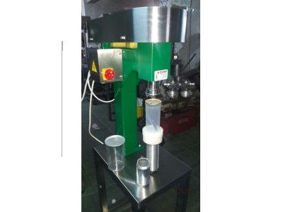 Satılık 2. El Teneke Ağzı Kapatma Makinası  -plastiğe Kolay Açılır Kapak  6.000 Tl Fiyatları İstanbul plastik şişe dolum makinası, gıda doldurma makinası, pet şişe dolum makinası, su dolum makinesi, kavanoz ağzı kapatma makinası, bakliyat dolum makinası, salça dolum makinası, salça kapatma makinesi, turşu dolum makinası