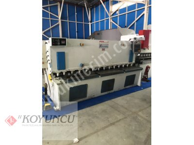 DISPLAY BRAND 3MT X 6MM HYDRAULIC GUILLOTINE SCISSOR  2000 MODEL