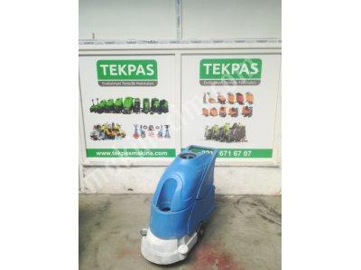 Satılık İkinci El YERLİ ÜRETİM UYGUN FİYAT ZEMİN YIKAMA MAKİNASI Fiyatları İstanbul akülü zemin yıkama makinaları