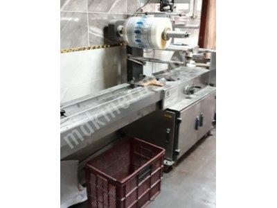 Yatay Paketleme  Makinası   Her  Ürüne  Göre   Ayarlanabilir... Satilmistir! !!!
