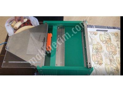 Muz Ve Çilek Dilimleme Makinesi