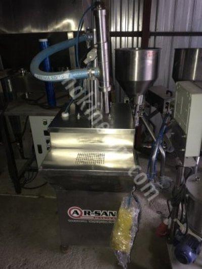 Tek Nozullu Yarı Otomatik Sıvı Dolum Makinesi Arsan Makina