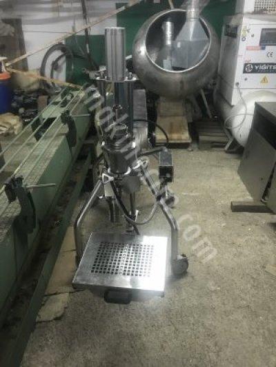 Kulp Dolum Makinesi 1 Litre Modeli D1000