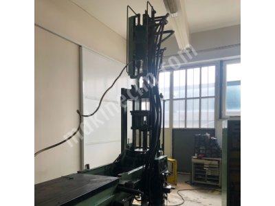 Özel Dik Enjeksiyon Makina Dik Ve Düz Çalışır Fırsat  Arburg