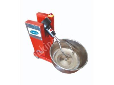 Hamur Yuğurma Makinesi   5 Kğ 1250 Tl