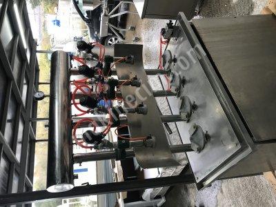 4 Nozullu Sıvı Dolum Makinası