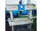 Hidrolik Çıkarma Presi 80 Ton Hürsan Marka Çok Temiz Satılıktır.