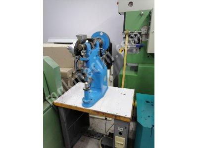 Çelik Çakma Makinesi Çelikli Taban